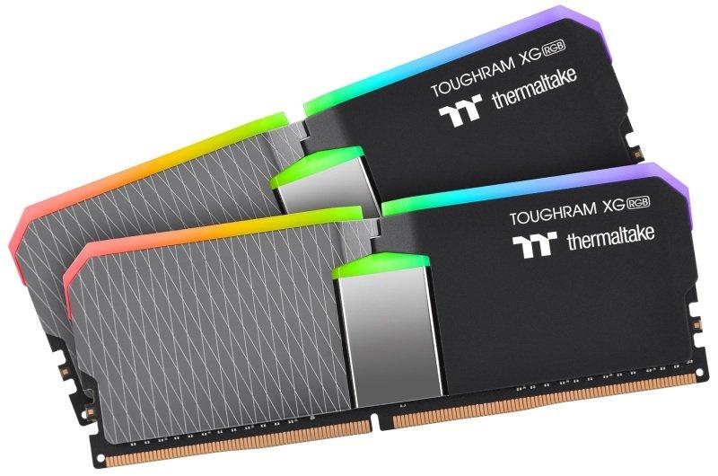 Thermaltake TOUGHRAM XG RGB 16GB (2x8GB) DDR4 4000MHz C19 Memory