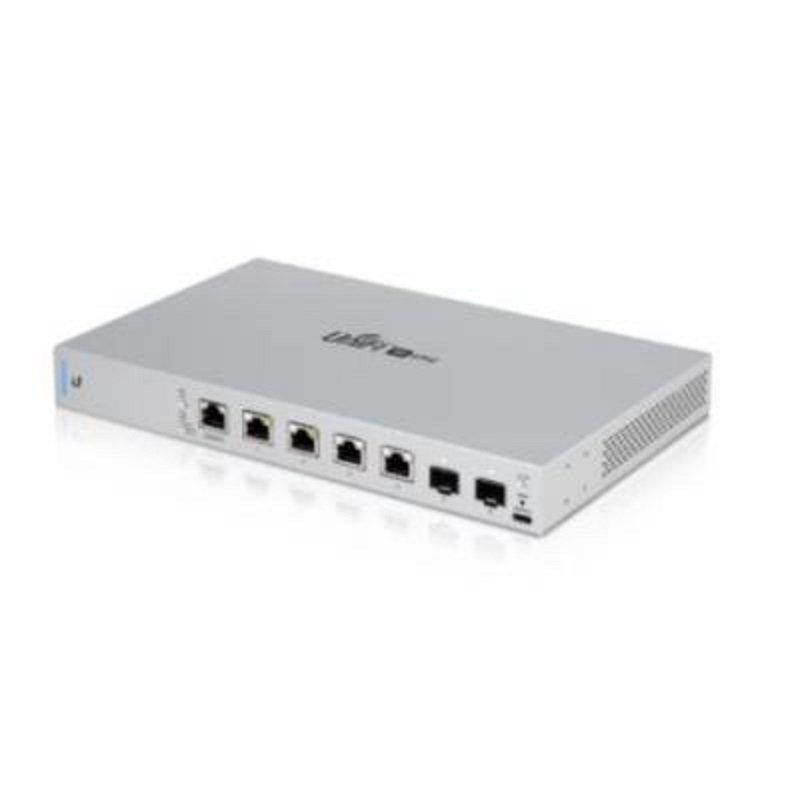 Ubiquiti UniFi Switch 6 XG PoE - Fully Managed Layer 3 switch - (4) 1/2.5/5/10 Gigabit 802.3bt (PoE+