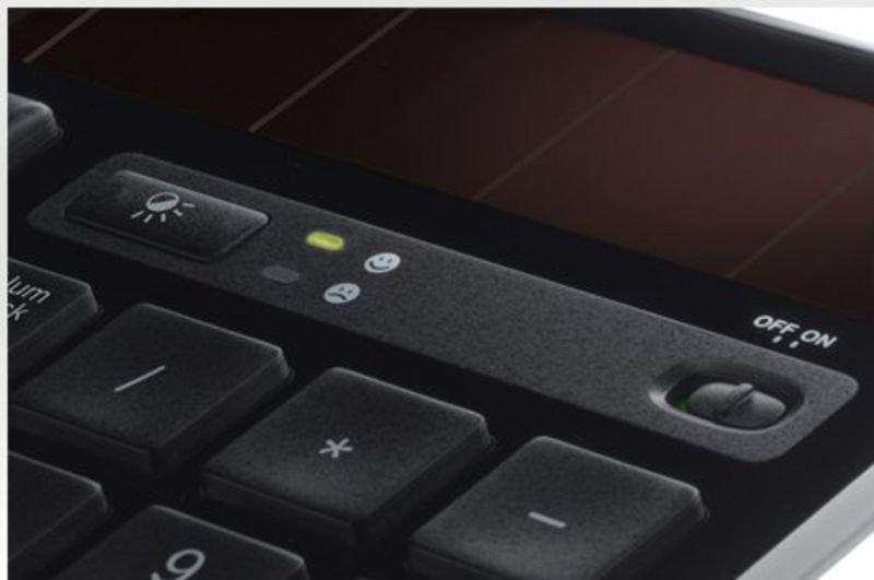 Logitech Wireless Solar Keyboard K750 UK layout