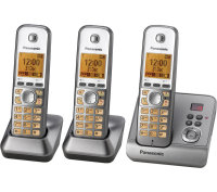 Panasonic KX-TG6723EM Digital Cordless Phone with Answering Machine - Triple handsets