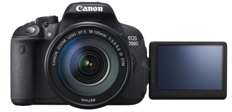 Image of Canon EOS 700D with EF-S 18-135mm IS STM Lens - 18.0mp Full Hd Uk
