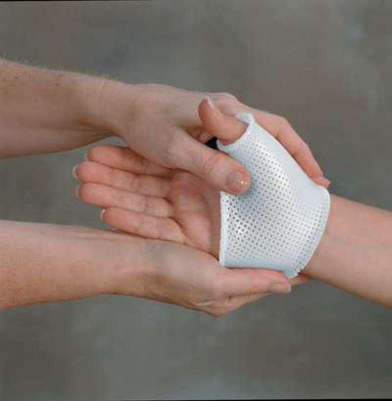 Splinting Aquaplast-T White 3.2Mm Perf 46X61Cm