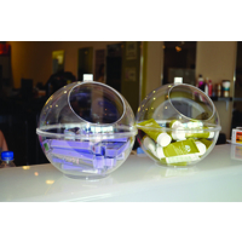 Image of Indesign Display Sphere Clear Dd389