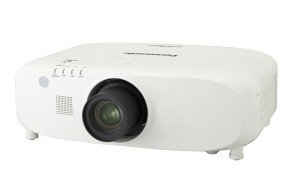 Panasonic PT-EZ770ZEJ projector