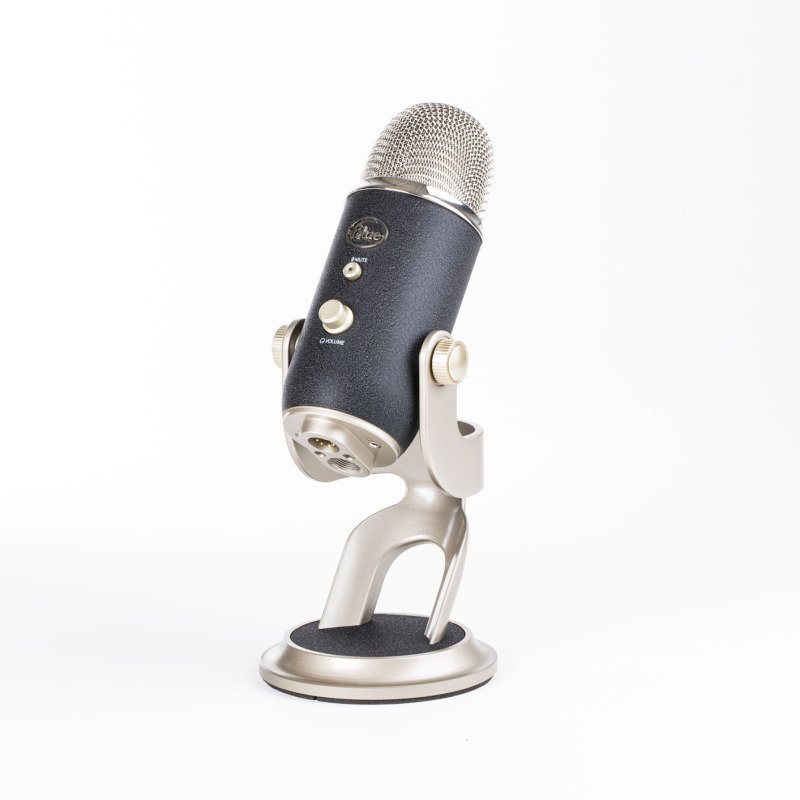 Image of Blue Microphones Blue Yeti Pro USB Microphone
