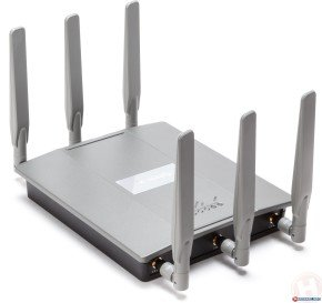 D-Link DAP-2695 - Wireless AC1750 Simultaneous Dualband PoE Access Point
