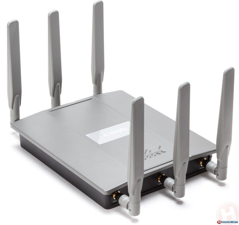 DLink DAP2695  Wireless AC1750 Simultaneous Dualband PoE Access Point