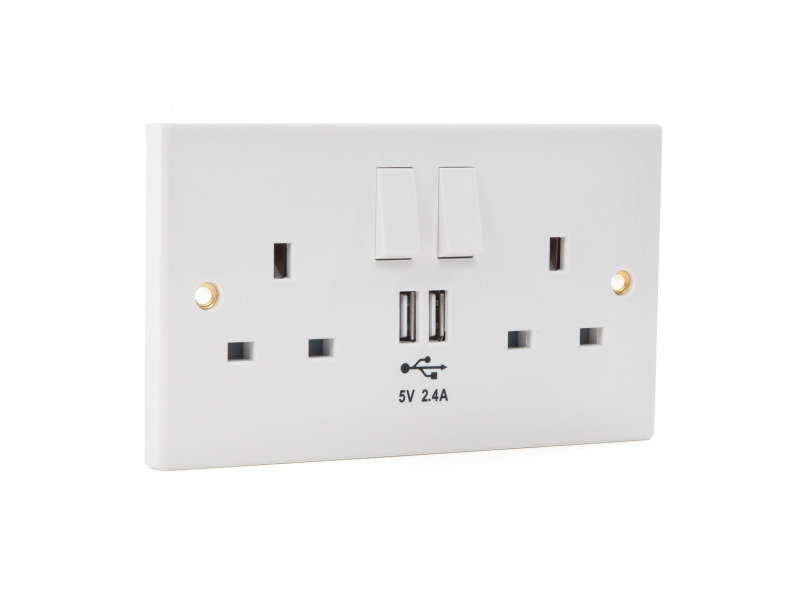 Xenta Wall Socket with built in 2 x USB Charging Ports