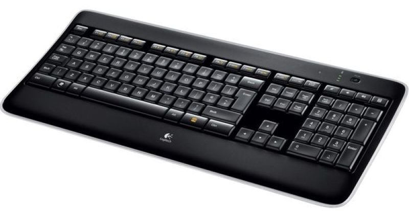 Logitech K800 Wireless Illuminated Keyboard