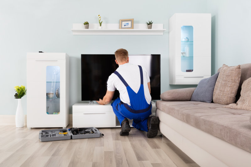 Large Screen TV Installation & Basic Set Up