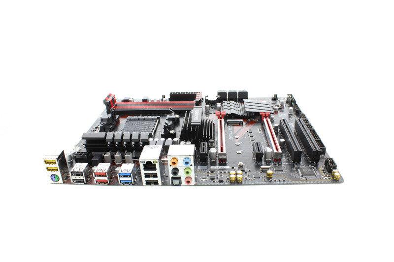 Gigabyte GA-990X-GAMING SLI Socket AM3+ ATX Motherboard