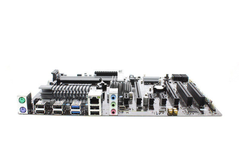 Gigabyte GA-970A-DS3P Socket AM3+ 7.1 Channel Audio ATX Motherboard